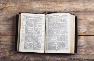Bible on Desk iStock-466364702
